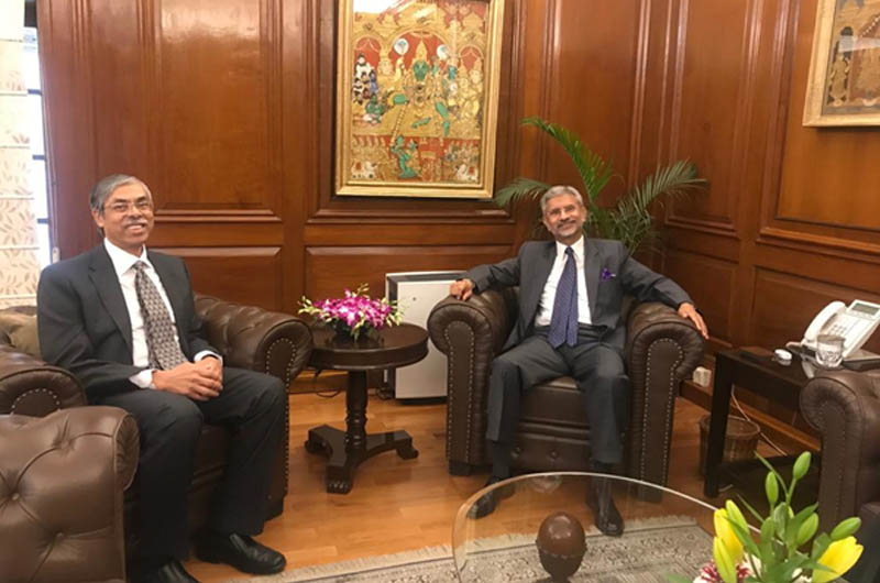 Bangladesh High Commissioner to India Muhammad Imran today (Friday) met with the Indian External Affairs Minister S. Jaishankar.