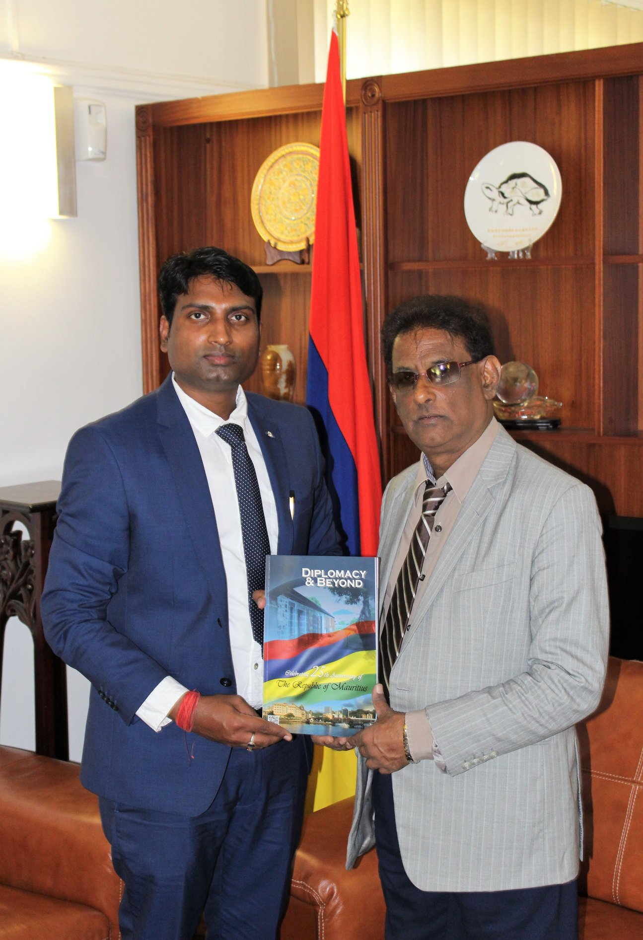 """CEO & Publisher of Diplomacy & Beyond Plus with the Hon. Vice President of the Republic of Mauritius, H.E. Paramasivum Pillay """"Barlen"""" Vyapoory"""